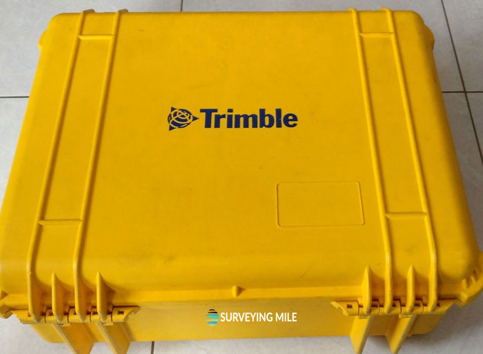 Trimble-SPS985-Precise-RTK-GNSS-receiver-with-TSC3.-a.jpg